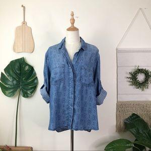 Cloth & Stone | Ikat Pattern Chambray Shirt Size L